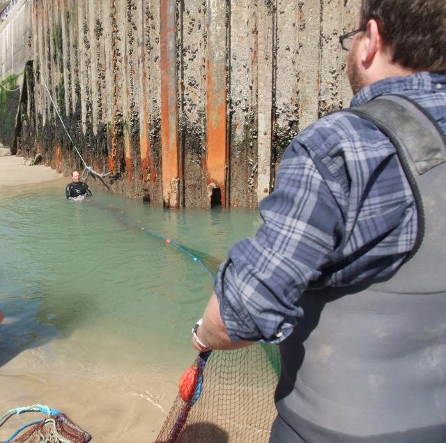 Matt Slater and Jason Birt pulling Seine Net